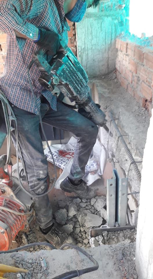 đục phá bê tông tại bình dương hotline 0988838129 mr Lực