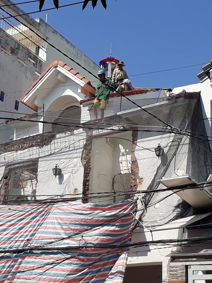 đập phá tháo dỡ nhà cũ tại dĩ an bình dương Lh 0988838129