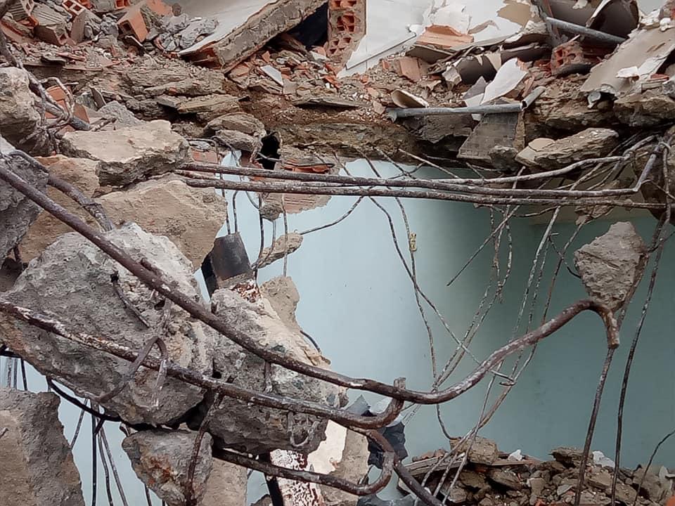 đập phá tháo dỡ nhà cũ tại dĩ an bình dương hotline 0988838129